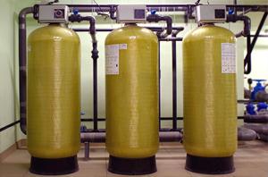 Купить промышленные высокопроизводительные фильтры обезжелезиватели в Киеве по выгодной цене