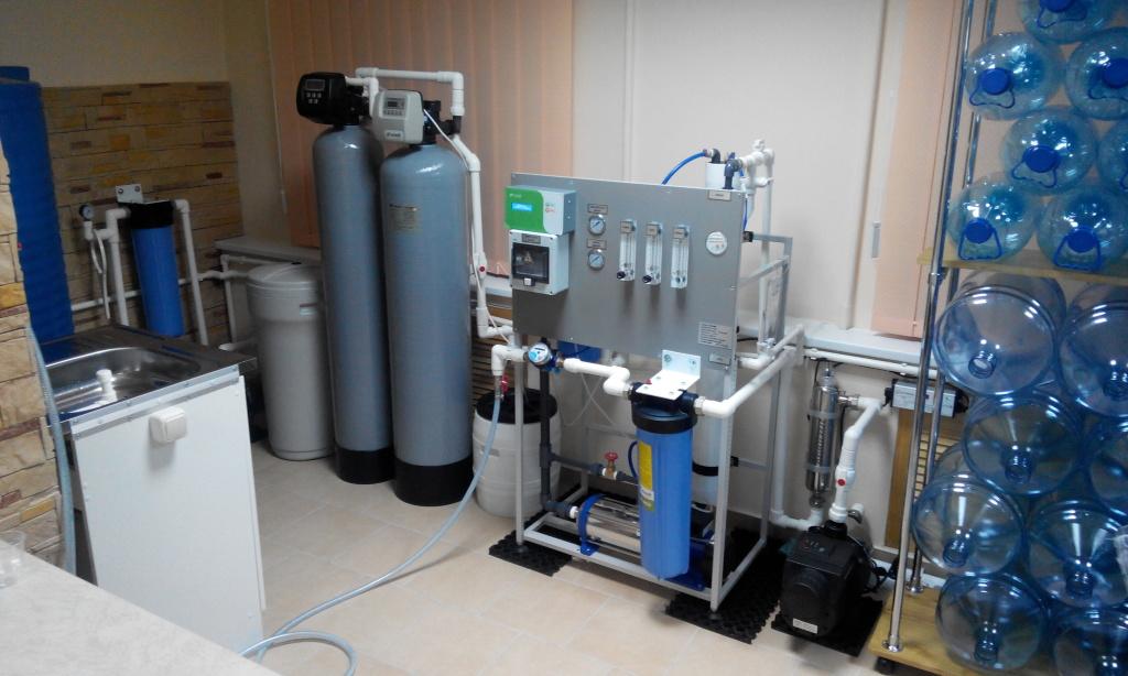 обслуживание оборудования по розливу питьевой воды промышленный осмос
