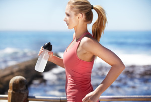 Какая вода самая полезная при занятиях спортом?